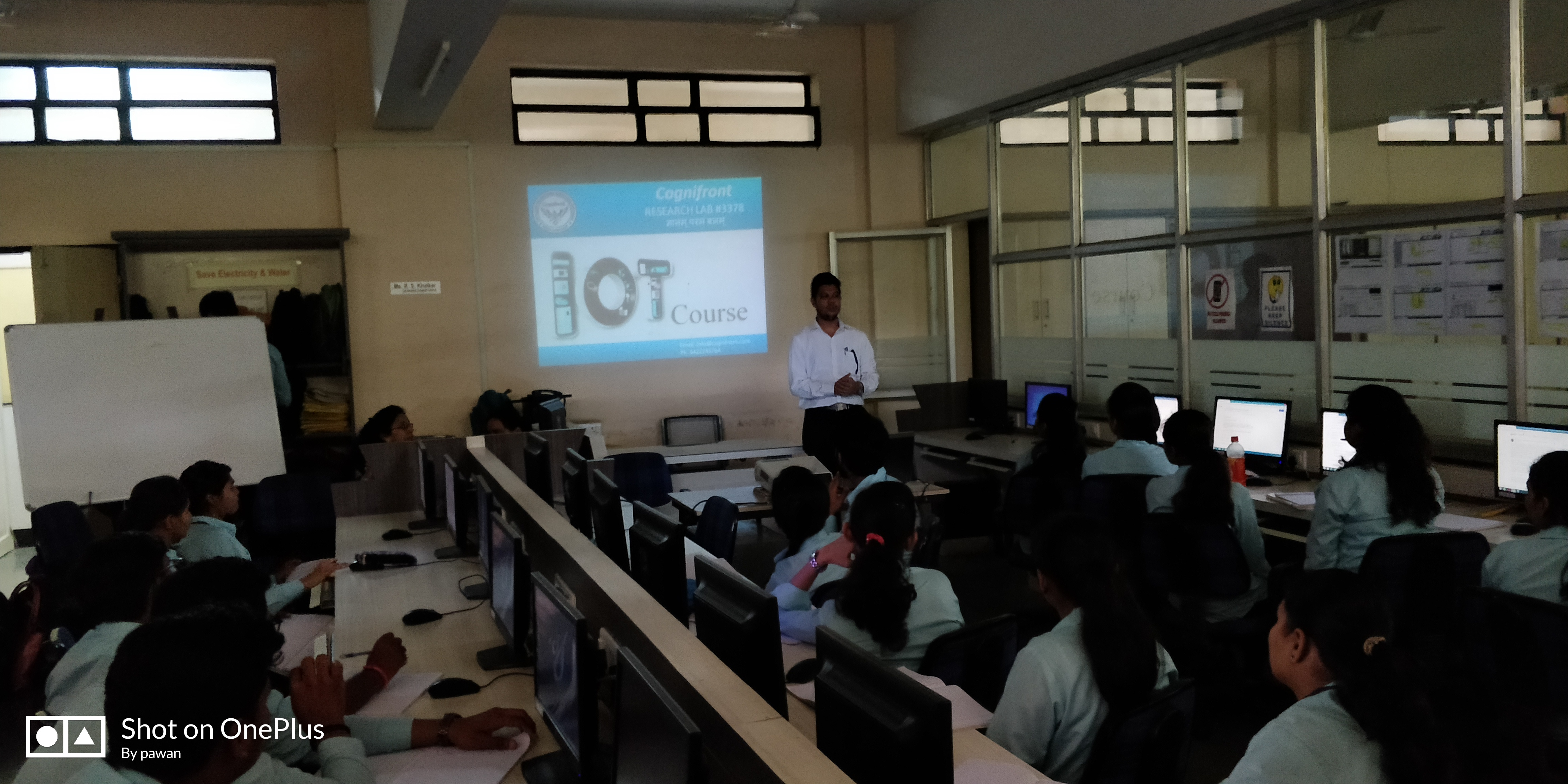 Cognifront Reasearch Lab Organize IOT Course in K K Wagh College